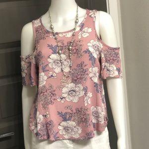 Flirty, floral cold shoulder blouse